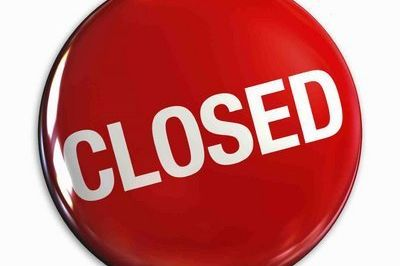 Closed sign  jpg ea4ry3