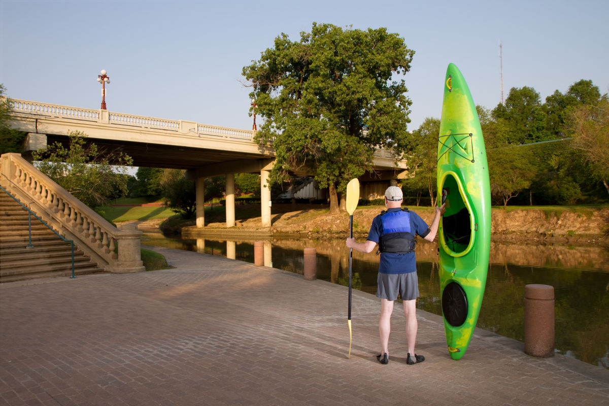 Paddle on here 39 s where to kayak and canoe in houston for Coast to coast motors conroe tx