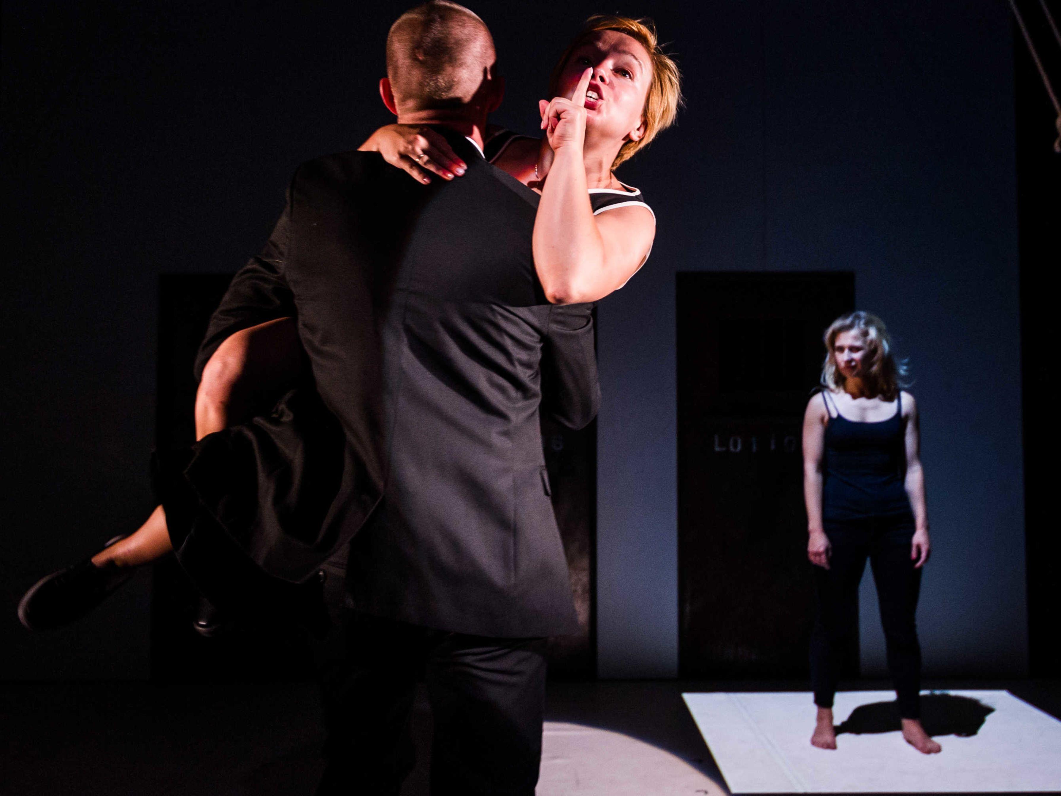 c  alex brenner  belarus free theatre   burning doors. kiryl kanstantsinau  maryna yurevich and maria alyokhina small u2zemd