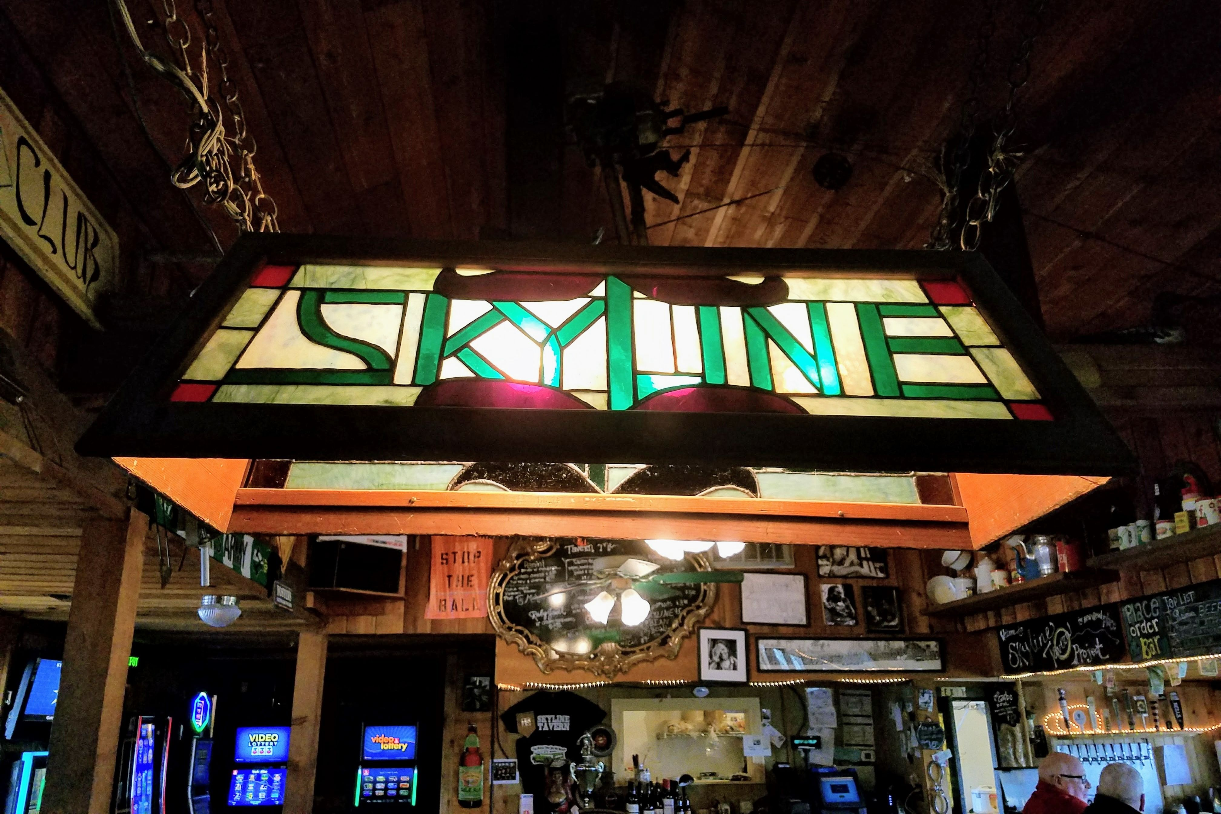 Skyline tavern cdst7o
