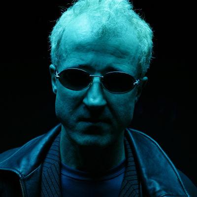 Bobby glasses head n8ckt8