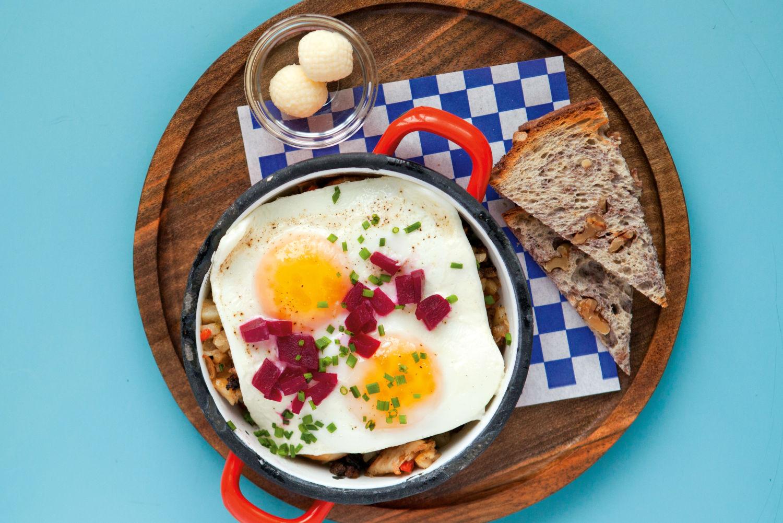 Portlands Battle For The Best Fried Chicken Amp Waffles