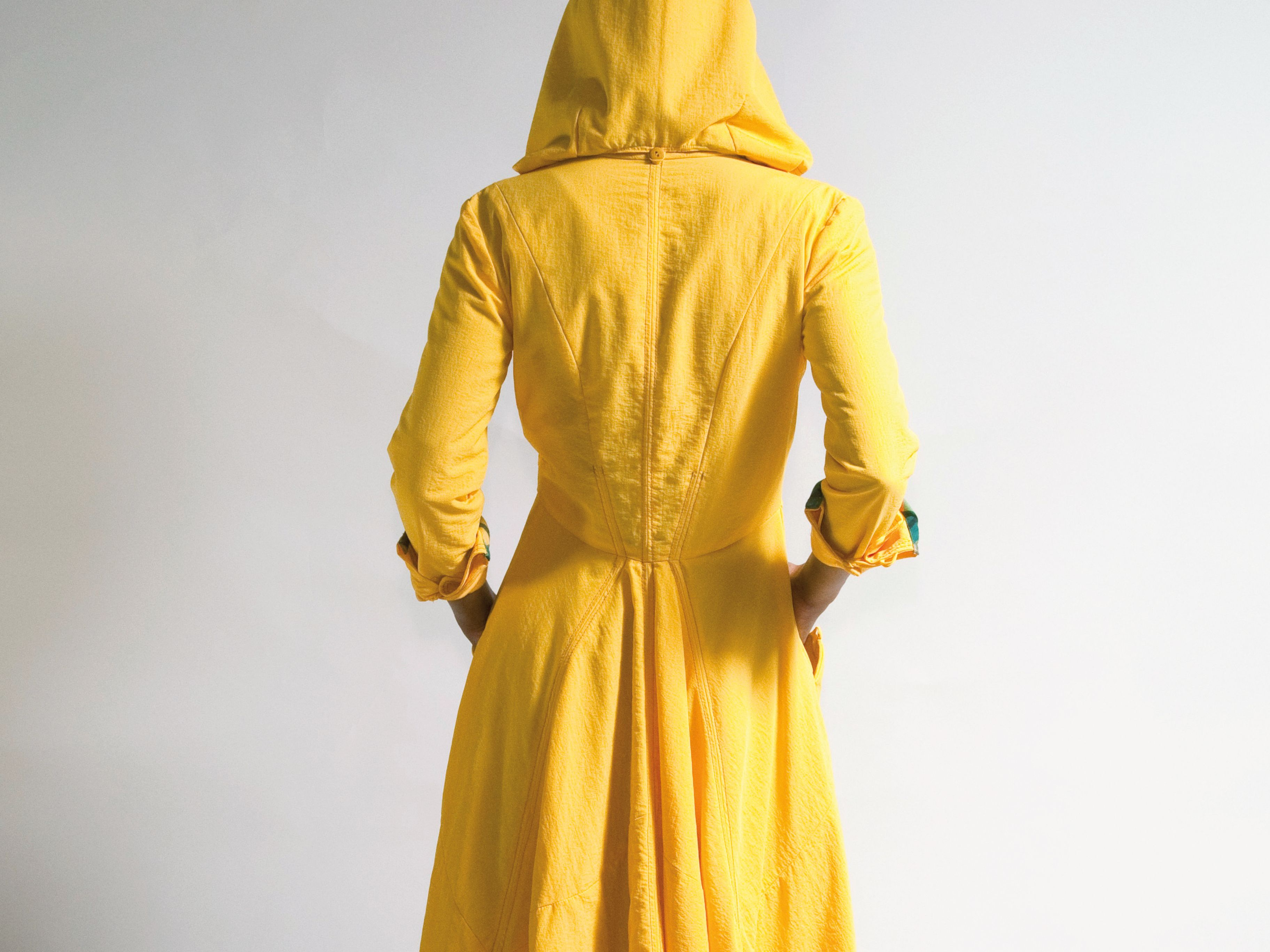 1117 trophy case raincoat txauqo