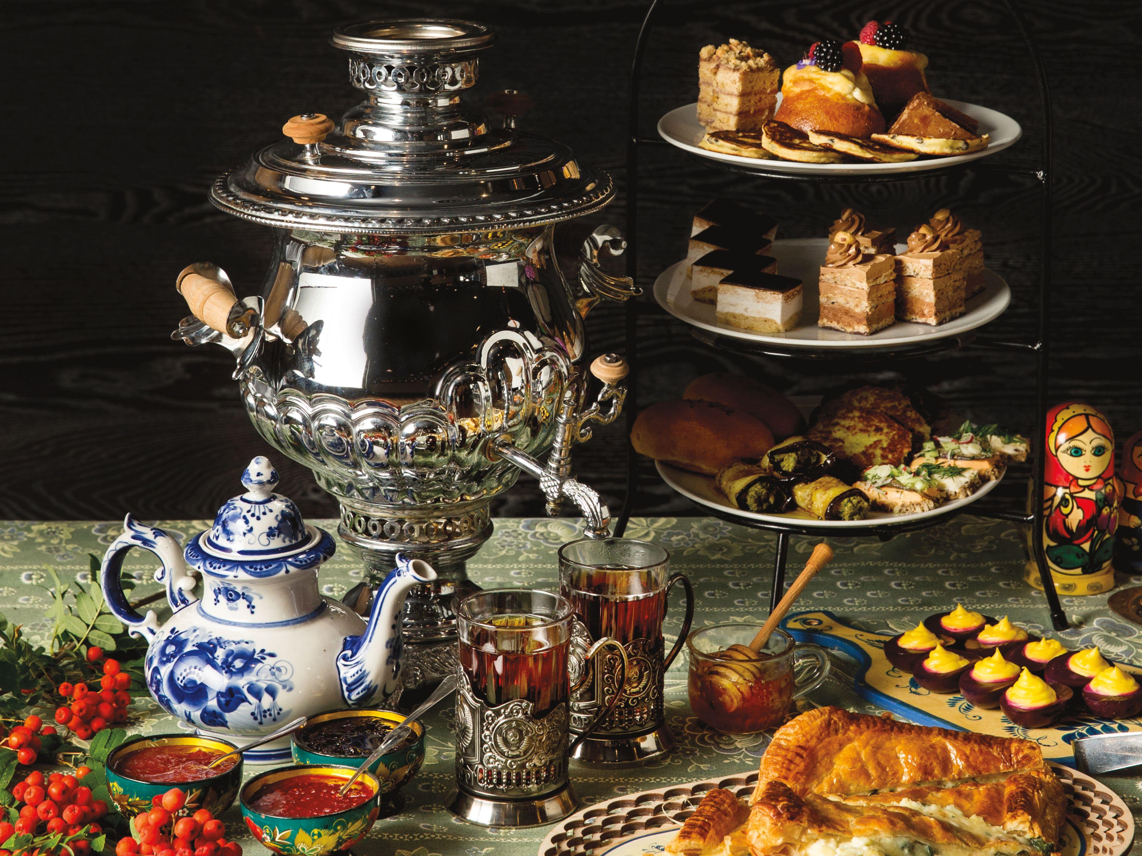 Pomo 0217 paleys russian tea heathman accuhm