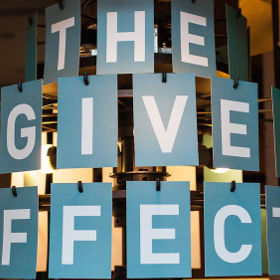 Give effect 738x280 xybz9s