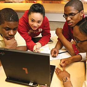 Minority students wmnalj