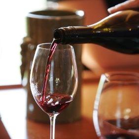 Wine tasting 2 baph4e