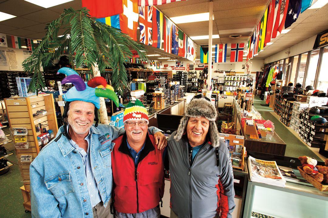 Cosu winter 2013 ski shop dudes mucobg