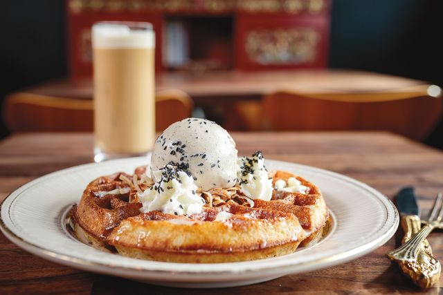 Pomo 0616 brunch reboot expatriate waffles hyi1th