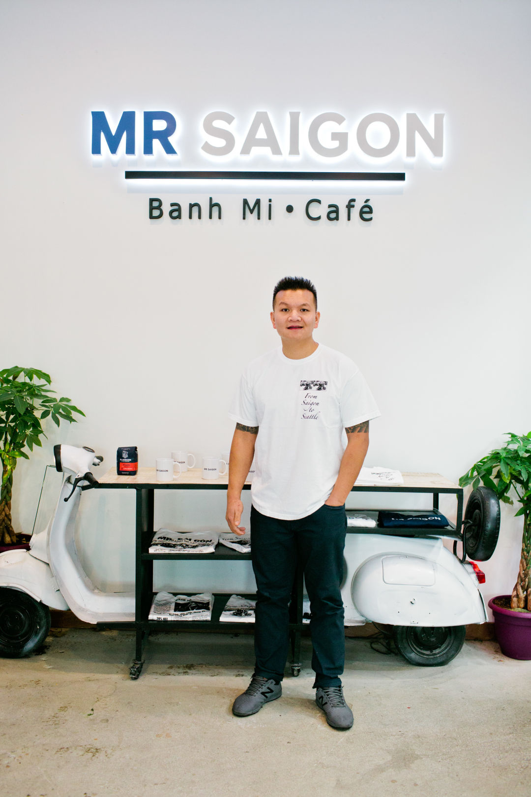 Can Mr. Saigon Win Over the Lunch Crowd?