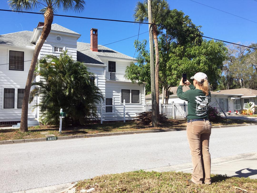 Taking a survey of Sarasota's historic buildings