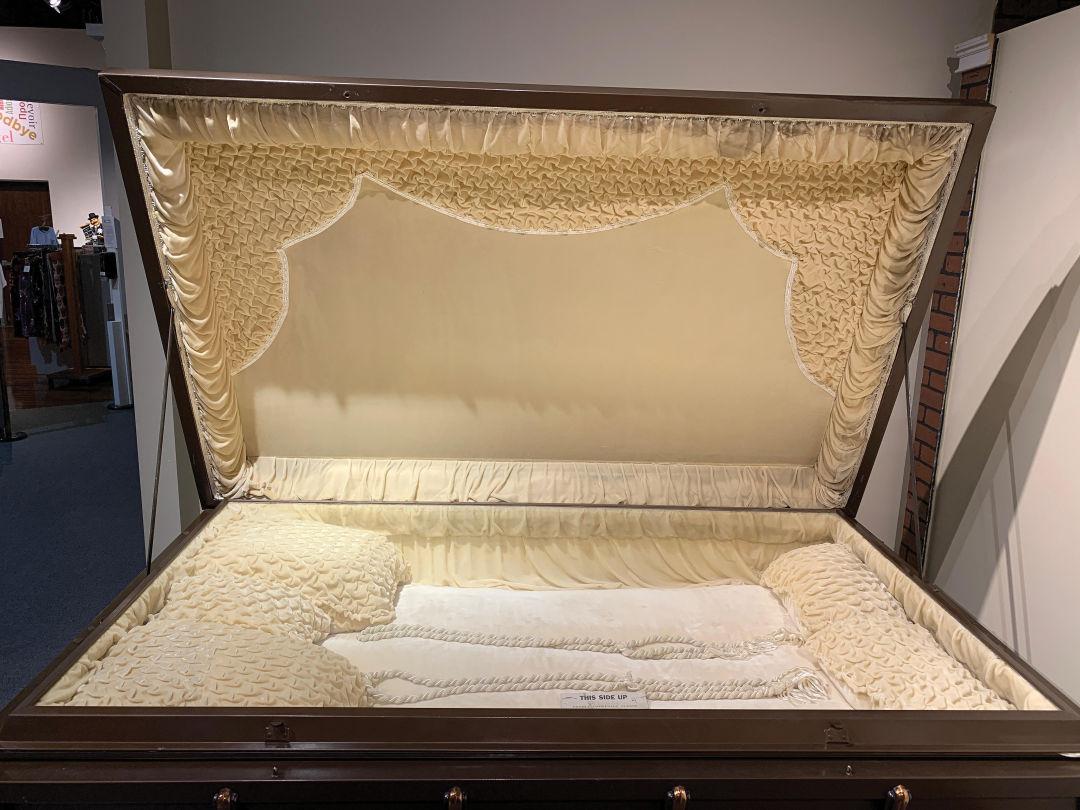 Triple casket