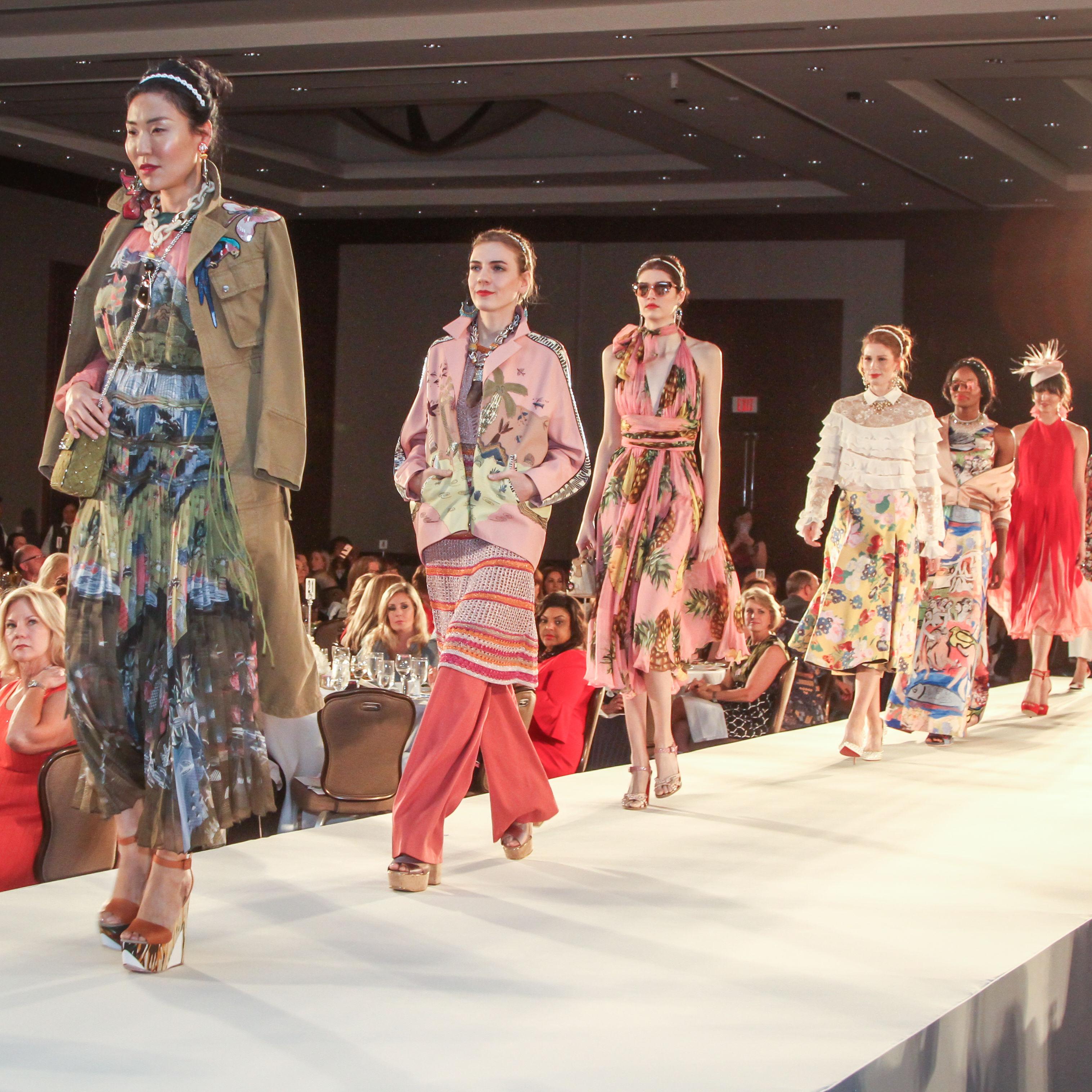 Models in neiman marcus fashions cxergi