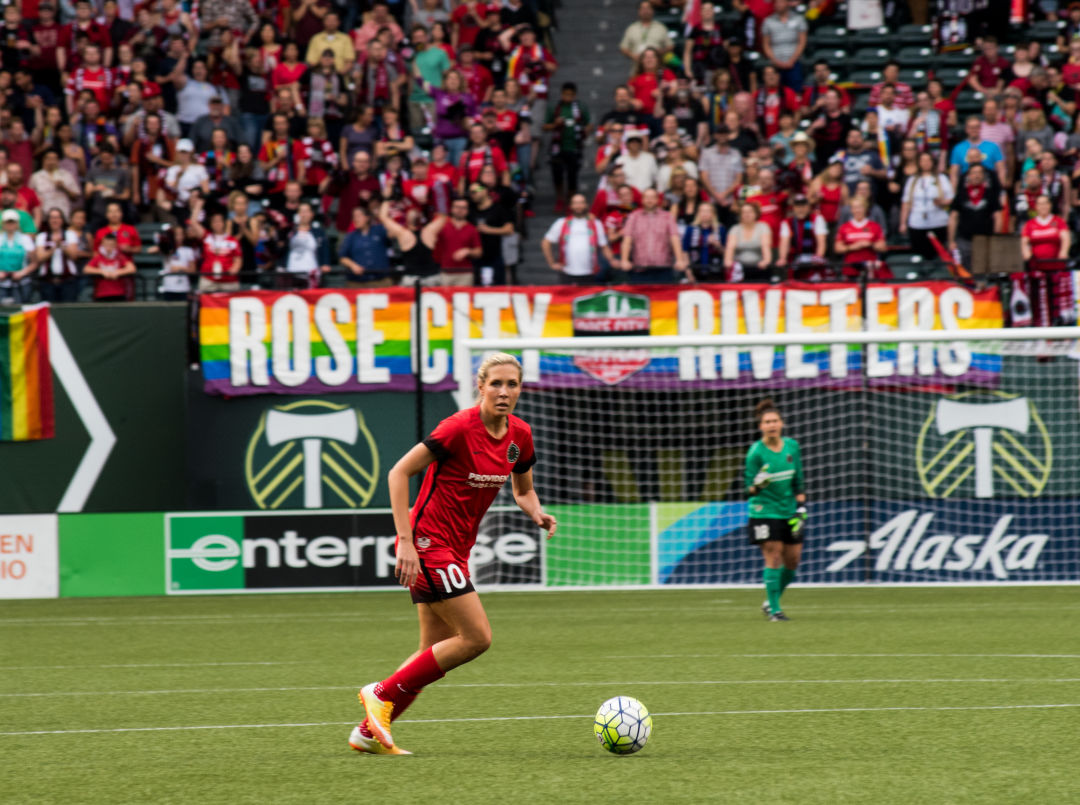 1. allie long 7  hfwegs