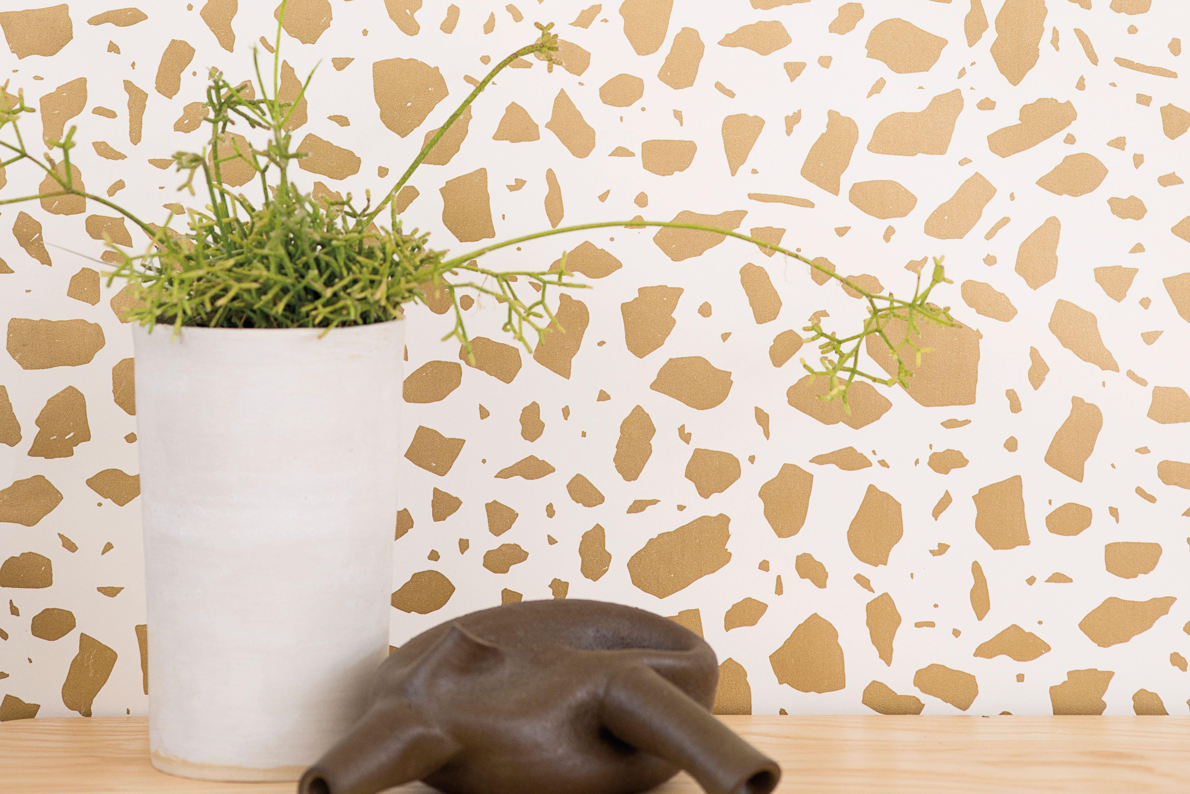 Pomo 0716 trophy case juju wallpaper swbxvr
