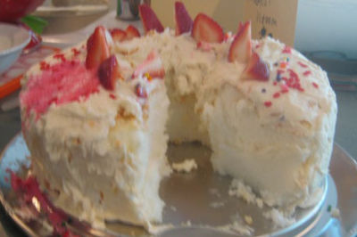 Angel food cake srjav0