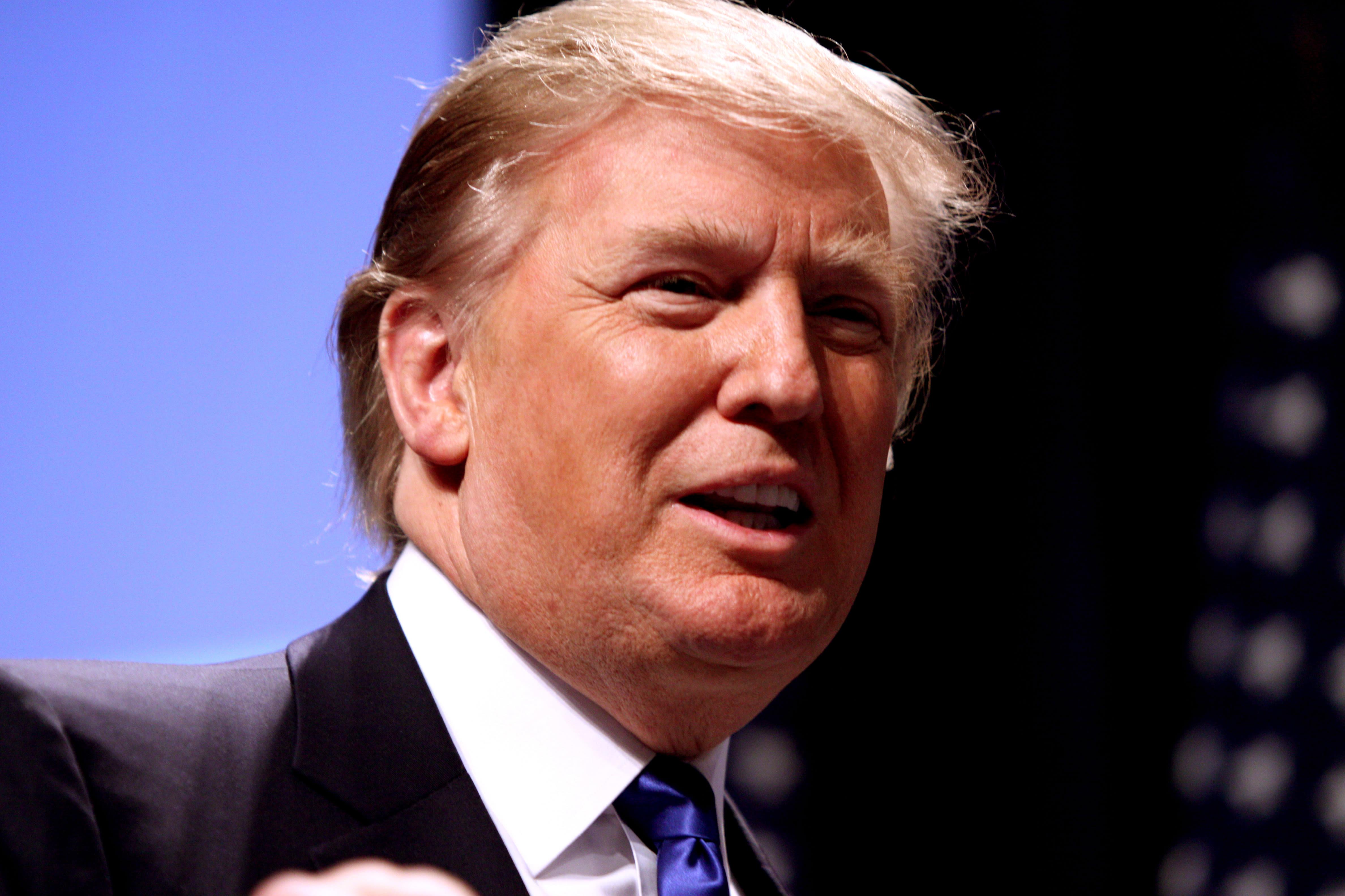 Donald trump x8sy56