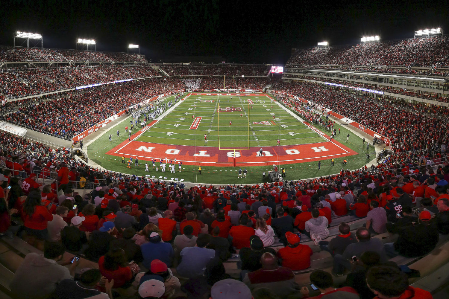 eac6bd8a As UH Football Mania Mounts, Can the Squad Live Up to the Hype ...