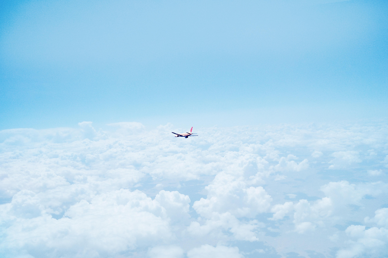 Airplane eyptw7
