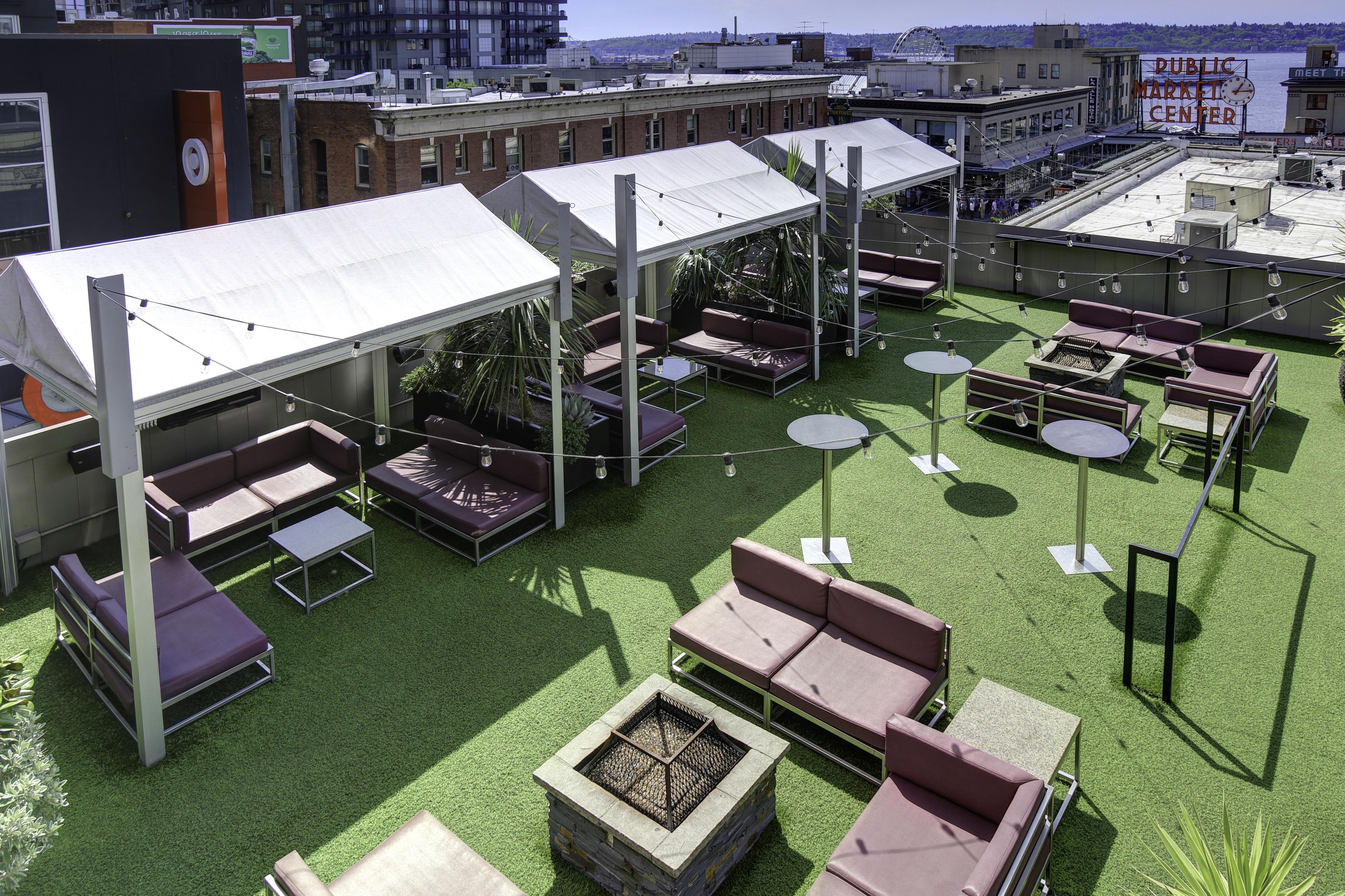 Rooftop terrace e3a8jj