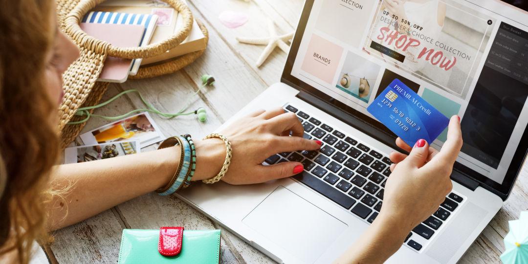 9 Tips to Shop Safely Online | Houstonia Magazine