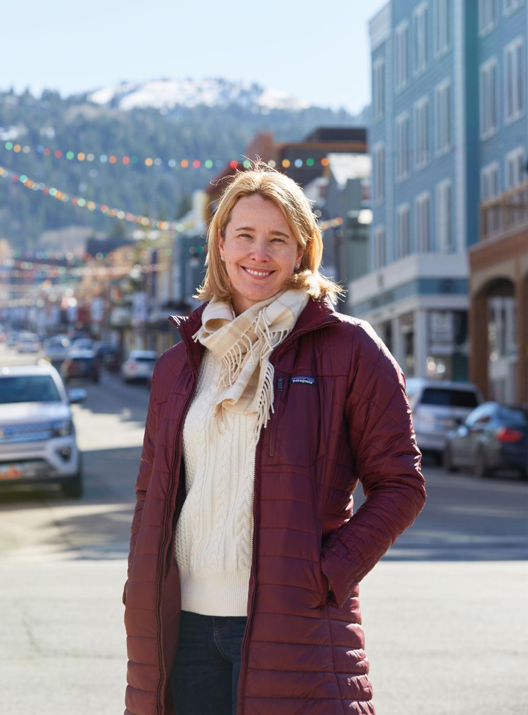 Jennifer Wesselhoff on Main Street