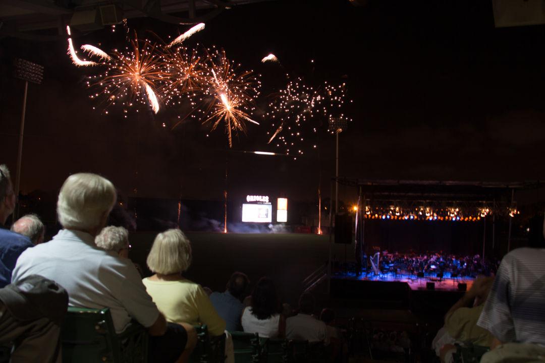 Sarasota orchestra outdoor pops fireworks ipjeev