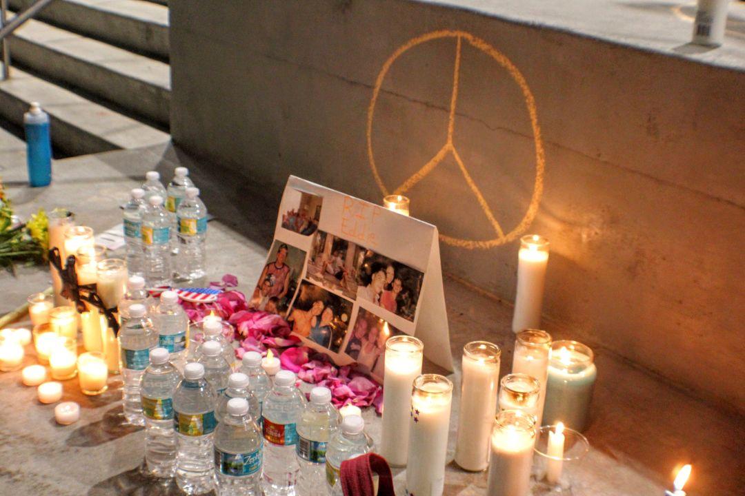 Candlelight vigil  5  qfgkjs