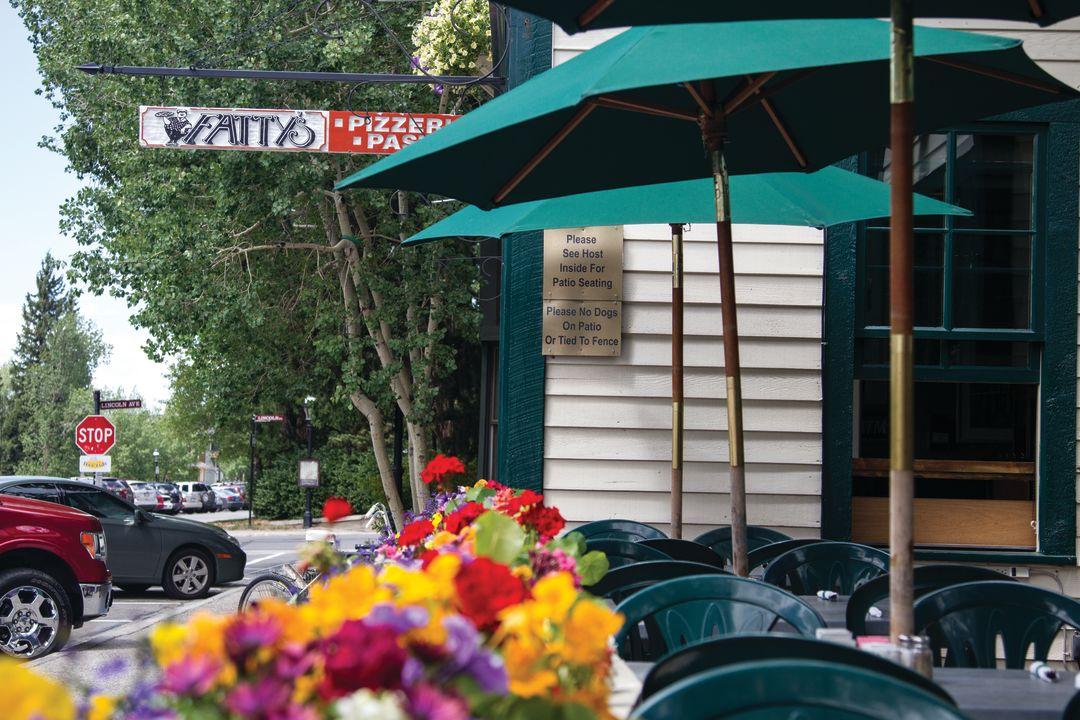 Cosu summer 2012 dining fattys pizzeria oyxtgm