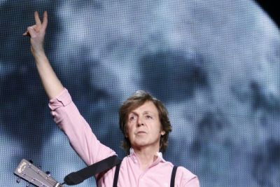 Paul mccartney 3 12may10 mj mexicocity 0875rt 520x780 iqes1m