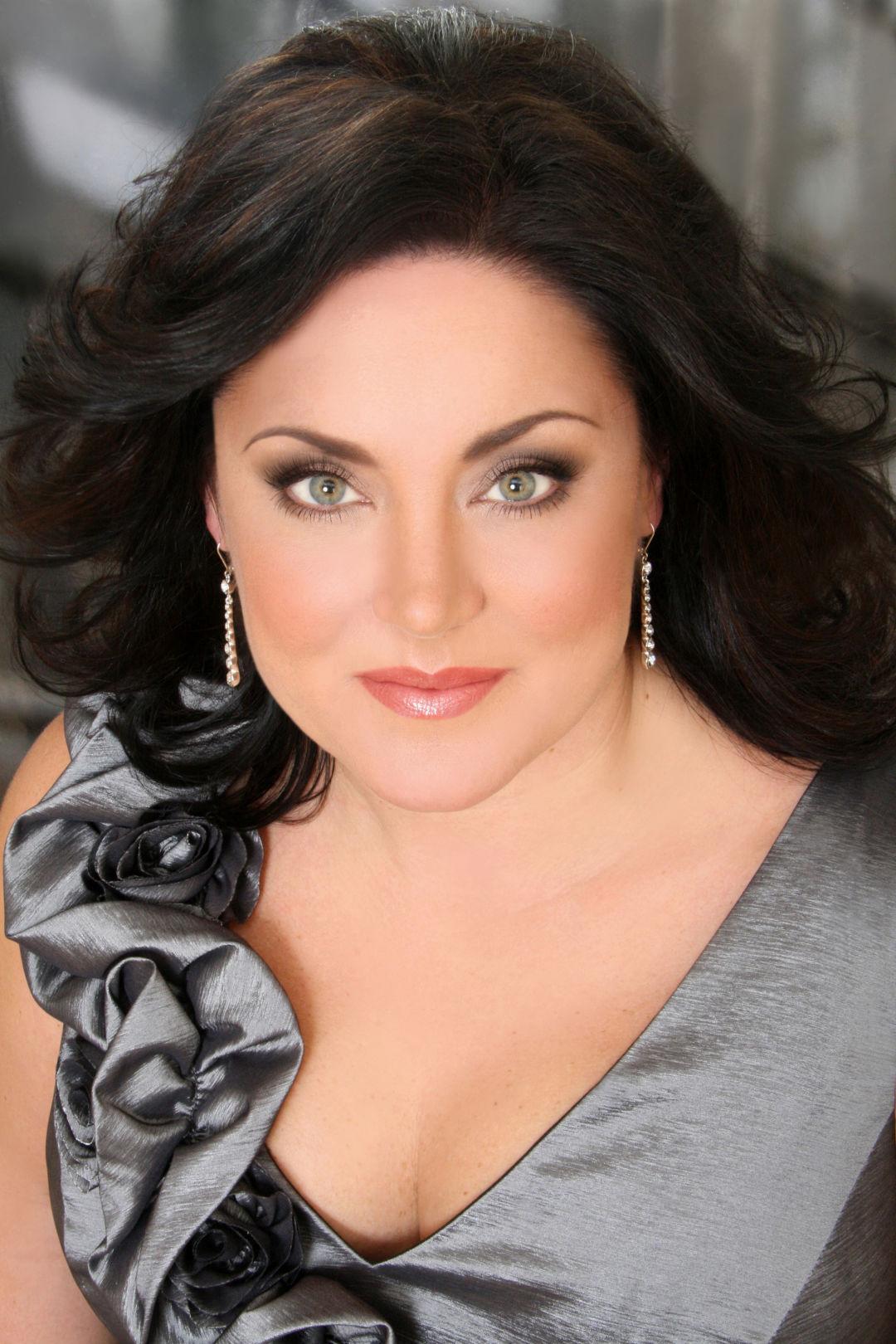 Kara shay thomson soprano marta othq73