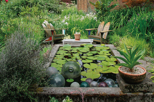 A Northwest Garden with Global Soul | Portland Monthly