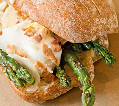 Meat cheese bread sandwich eivguv