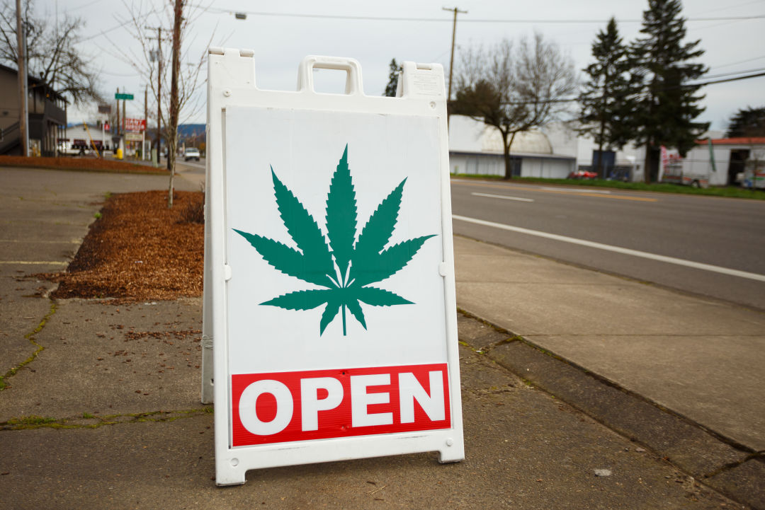 Marijuana dispensary   joshua rainey photography yfiixh