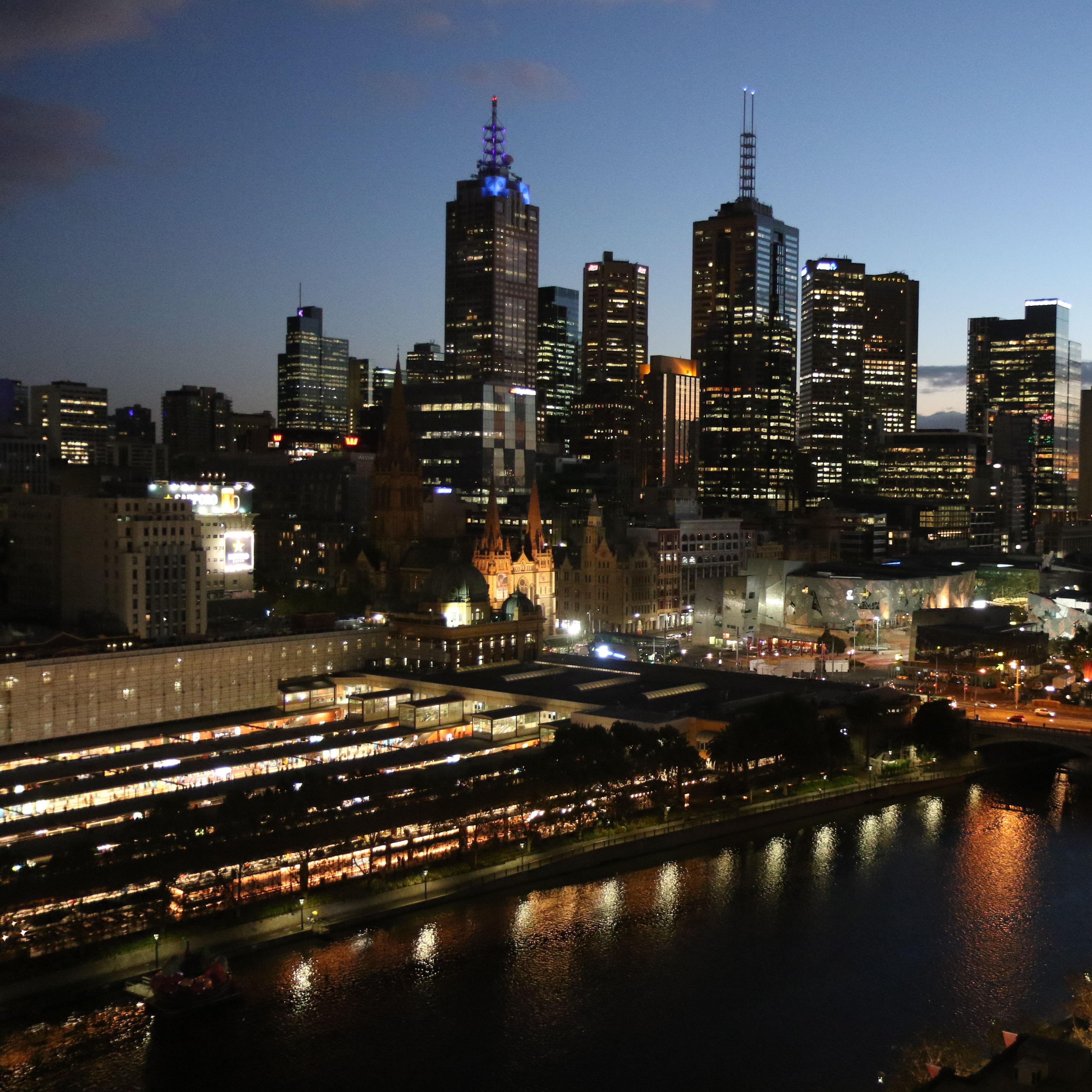 Melbourne 037 vqfawd