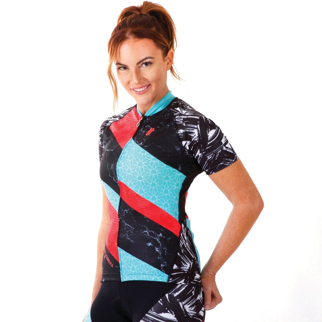 d7ee85ca22665 Tri Sirena Sun Protective Clothing Keeps Triathletes Safe in the Sun ...