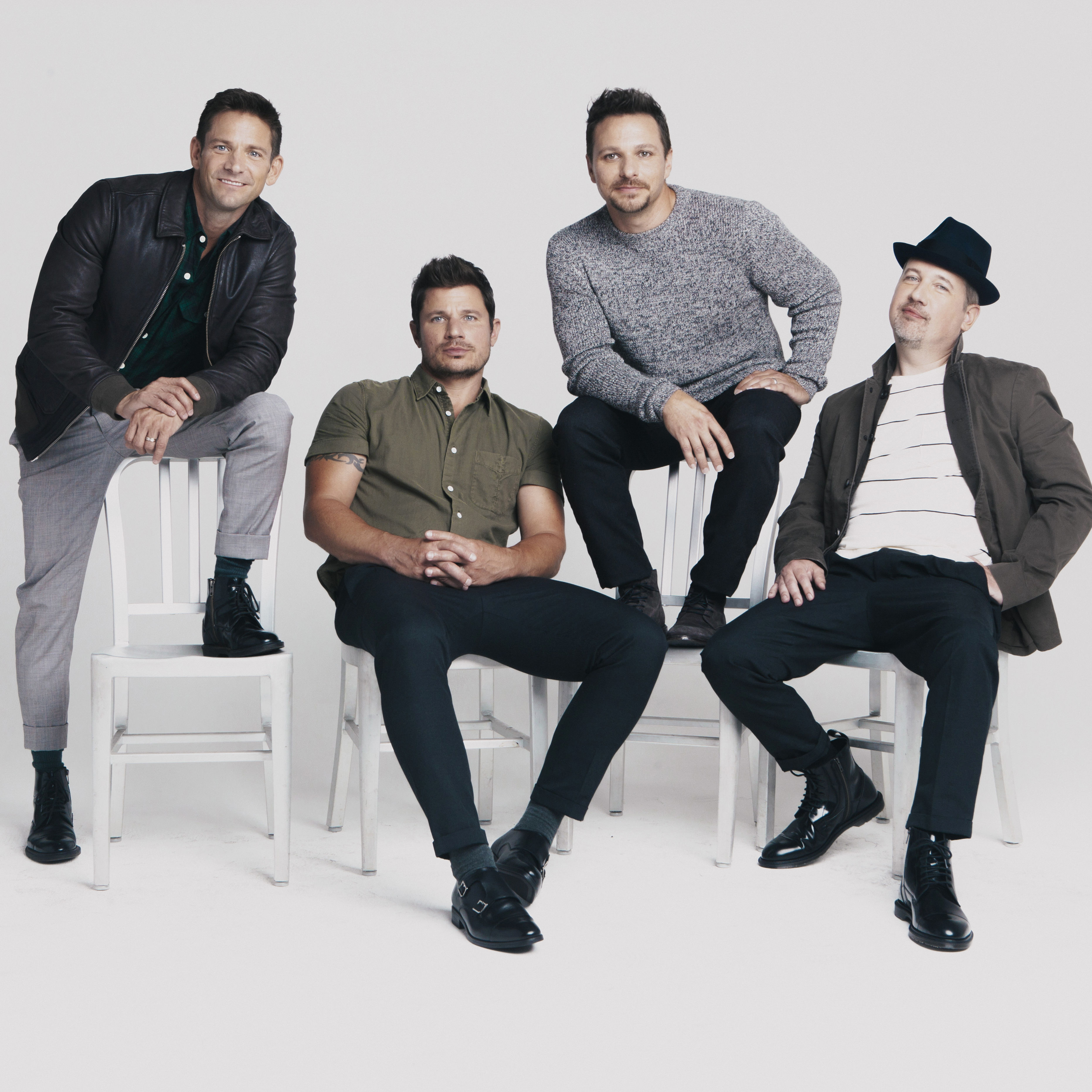 98 degrees   let it snow press photo by elias tahan xyreyr