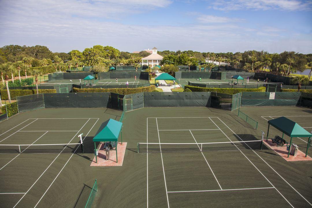 Tennis  1  n8rvuc