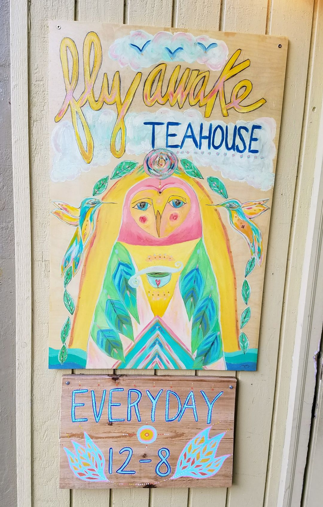 Fly awake teahouse humuyc