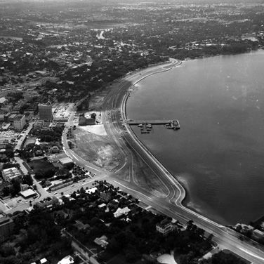 Land use aerial bay front island park c19604 y0vbnn