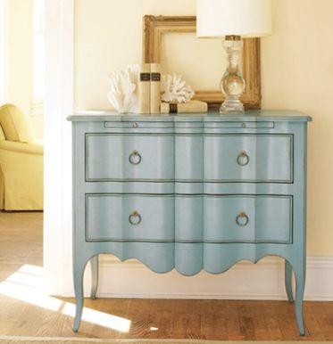 Painted finishes on furniture eluwni