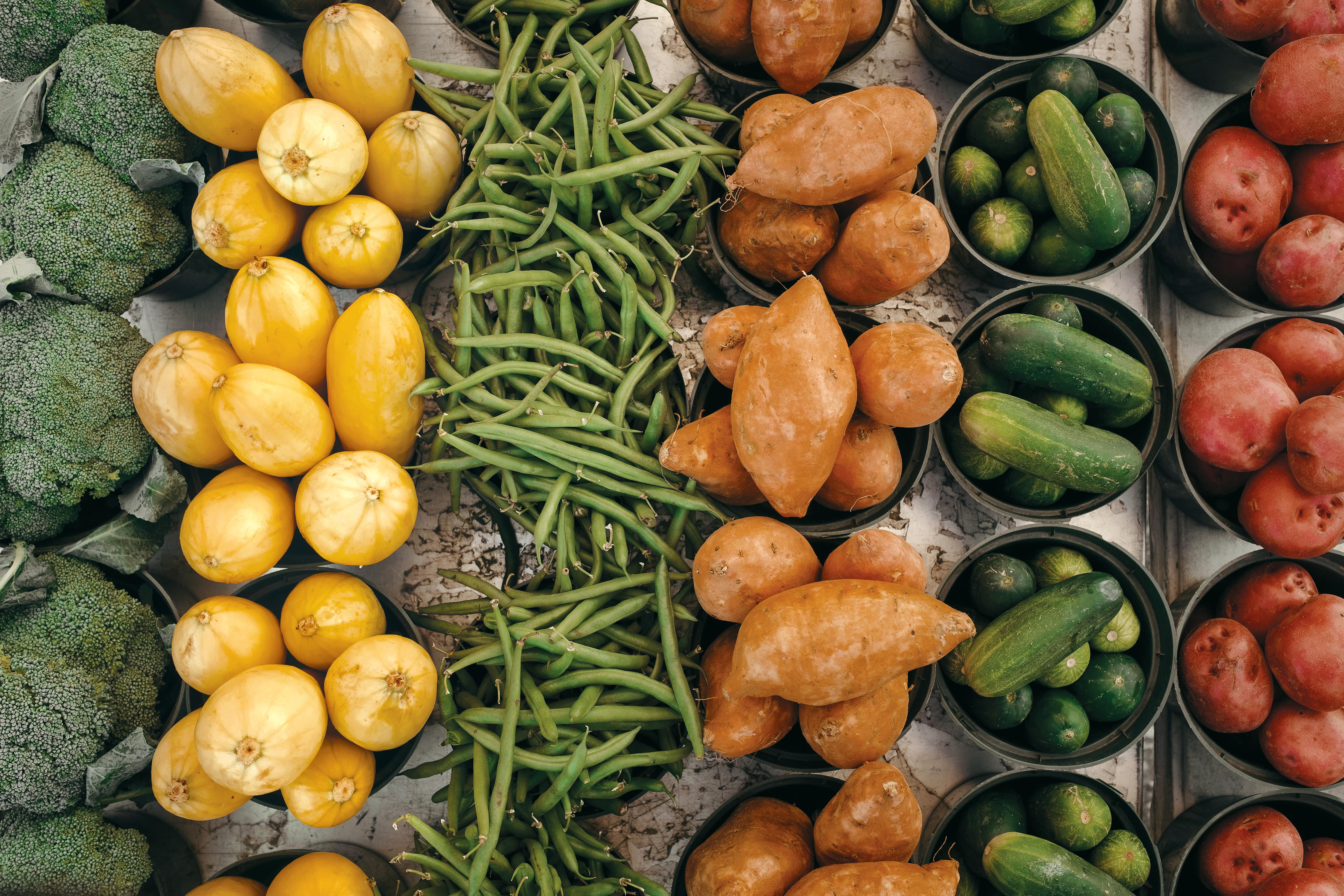 0218 farmers market opener uhvjbu