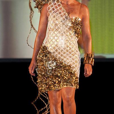 Brizo garment 2009 2 f0g5ox