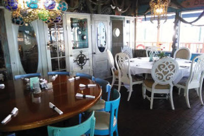 Restaurant review veronica fish oyster restaurant for Veronica fish and oyster