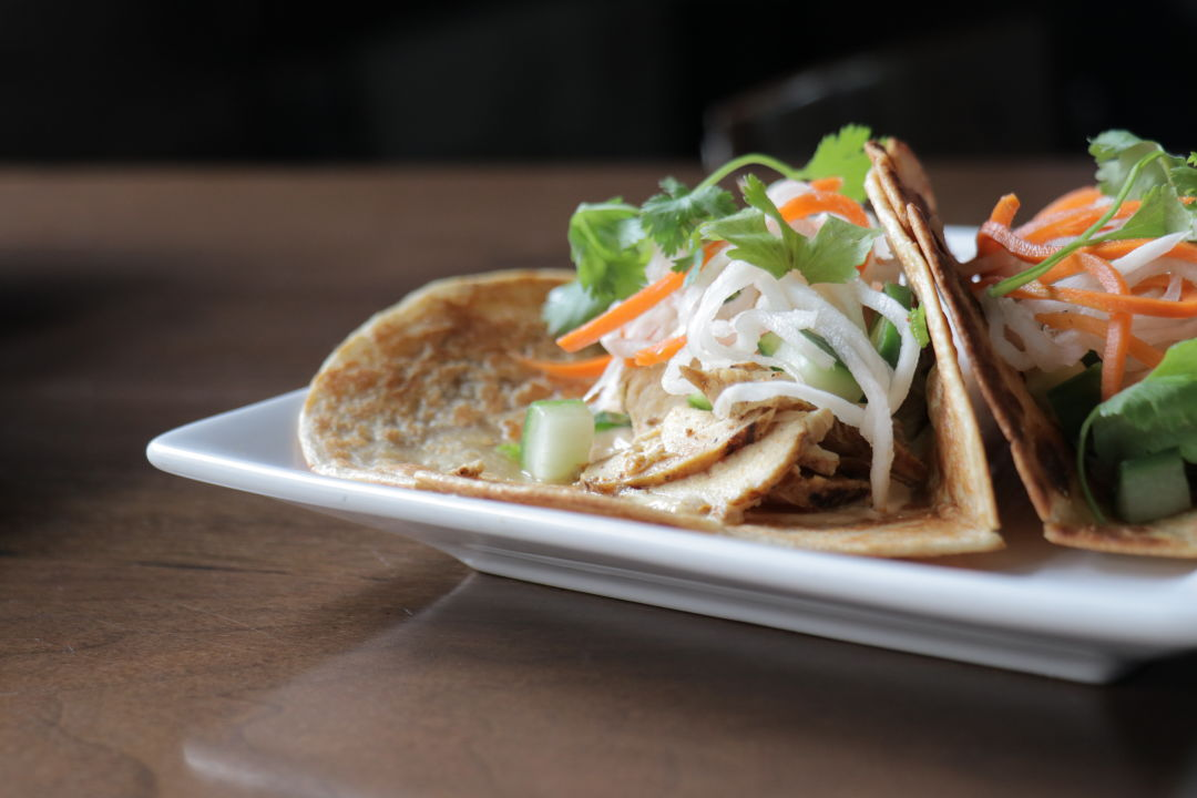Vietnamese chicken wrap photo by china martin dc53xn