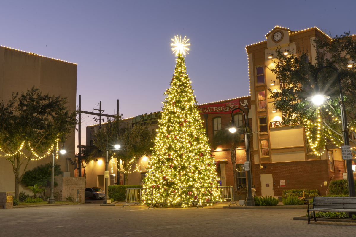 Here's What Galveston Has Cooked Up for the Holidays