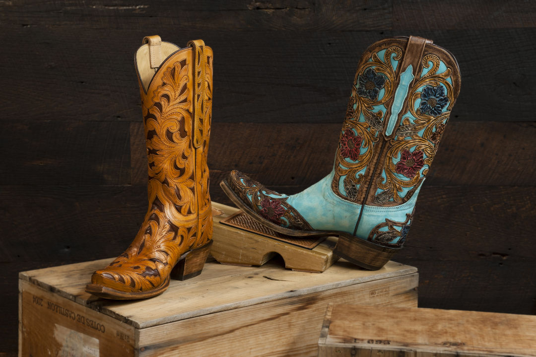2015 lucchese womens boots on wood crate st196w