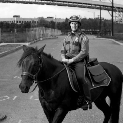 05 58 story gregory officer horse e0bgk2