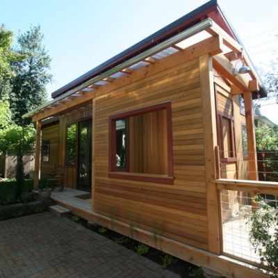 Pocket house outside hjuf2d