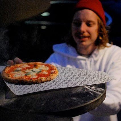 Pizza oven mcjzee